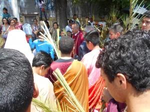 Domingo de Ramos en templo San Marcelino Champagnat. BENDICION de palmas. Morelia, marzo 29 de 2015