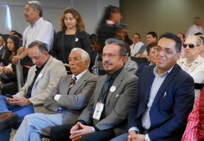 Asistentes al solemne evento de AMIPAC 2015