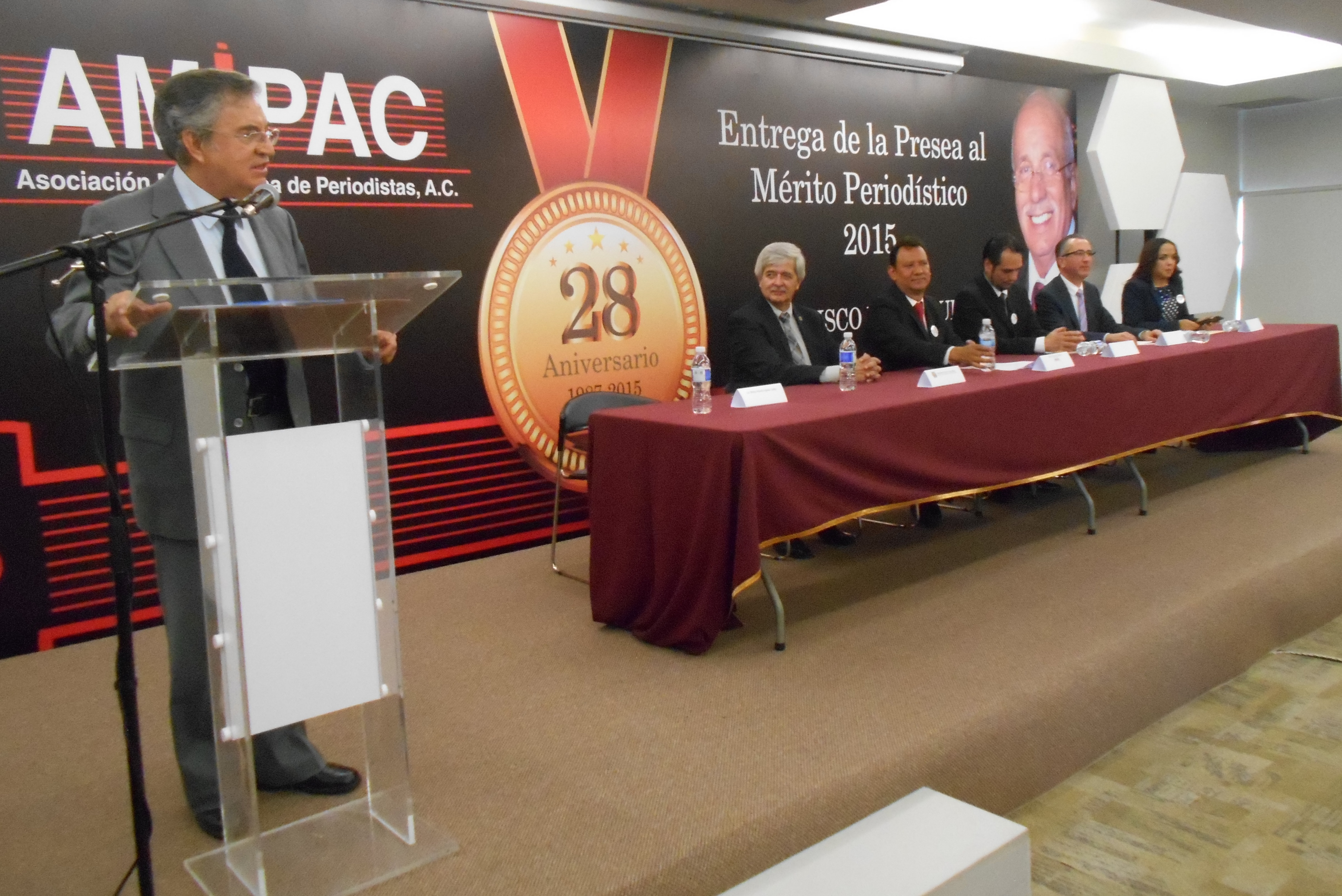 En semblanza del galardonado Marco Antonio Aguilar Cortés